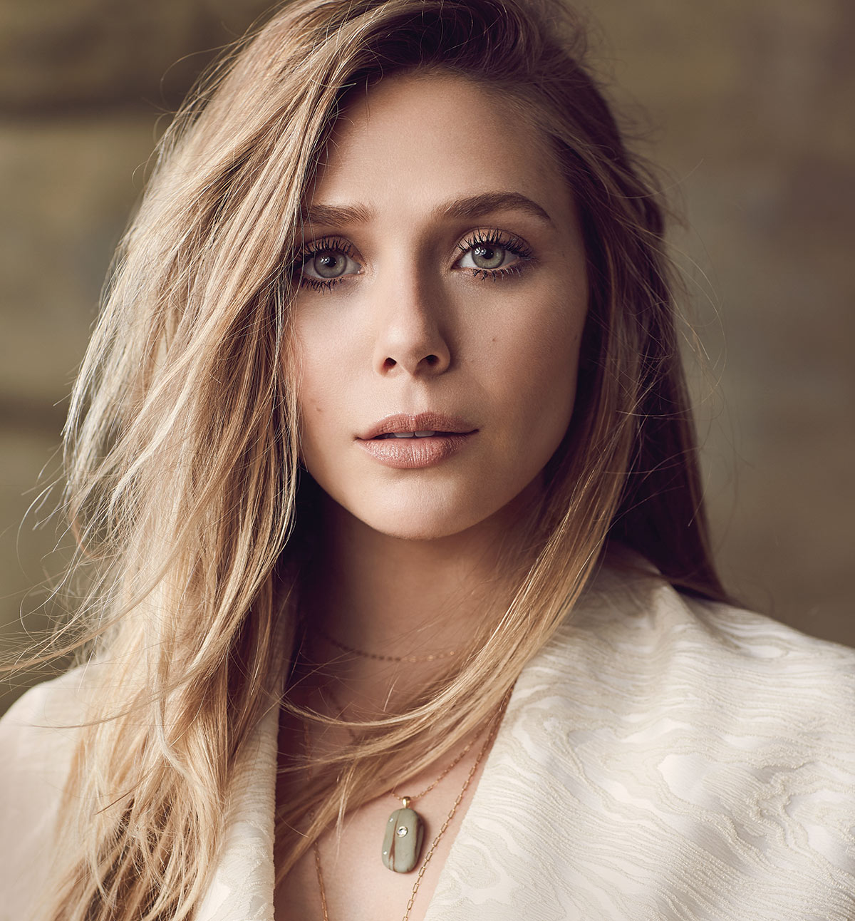 Jewelry 2018 >> Elizabeth Olsen Talks Forging Her Own Path in Film and ...