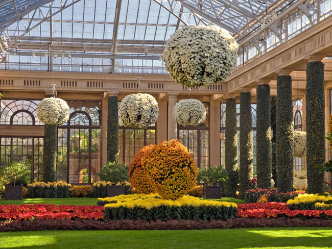 10 great fall day trips right outside of philly for Longwood gardens longwood road kennett square pa