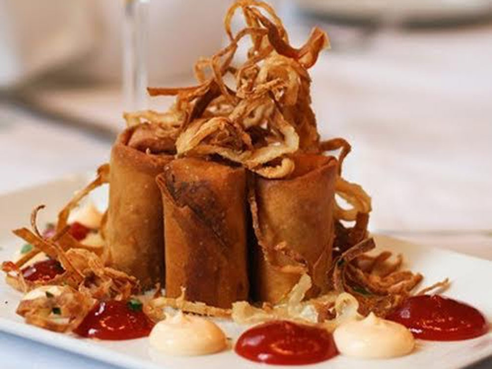davios-philly-cheesesteak-spring-rolls