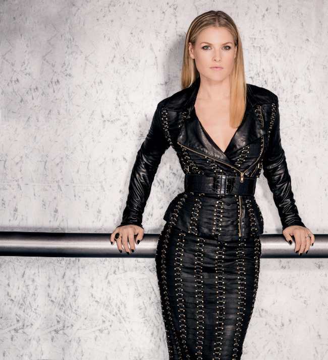 3 - Ali Larter Talks TNT's 'Legends,' New Cook…