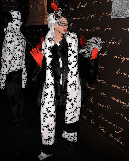 10 most outrageous celebrity halloween costumes of all time