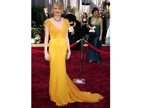8 - #TBT: 9 Best Oscars Dresses of All Time