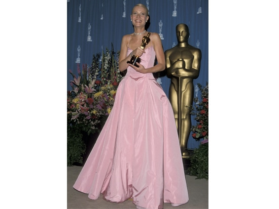 3 - #TBT: 9 Best Oscars Dresses of All Time
